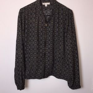 Cato Black white brown zip up top. Size XL.